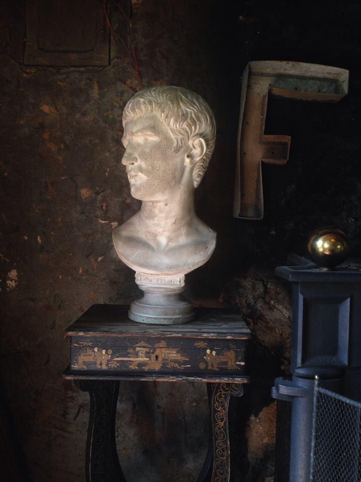 Buste en Platre d'Auguste